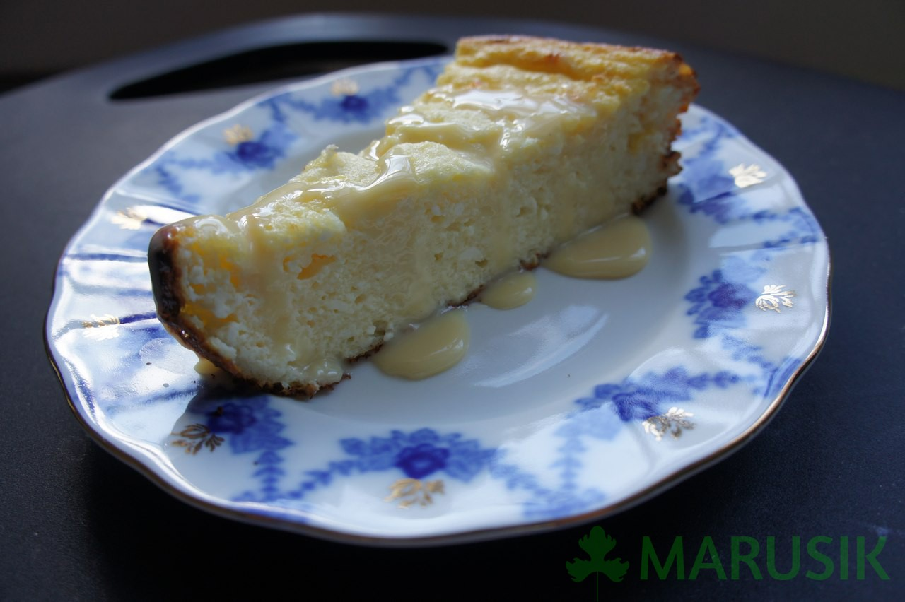 Russian farmer cheese breakfast cake (zapekanka)